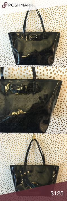 SALE💓NWOT Kate Spade Black Patent Spade Tote So cute and perfect for everyday! Black shiny patent with perforated spade print. Brand new condition! Clean inside and out. No trades!! 05417200gwpg kate spade Bags Totes