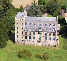 Chateau De La Guette Villeneuve St Denis Chateau French Chateau Castle