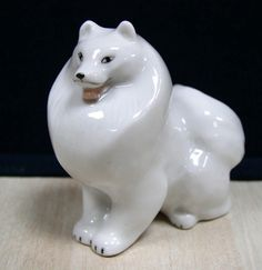SPITZ Dog porcelain figurine LFZ Lomonosov Factory