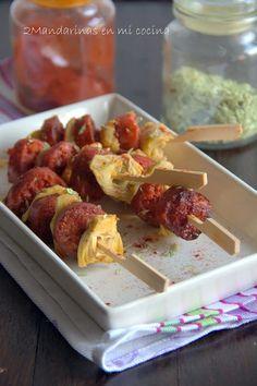 2Mandarinas en mi cocina: Brochetas de alcachofas con chorizo