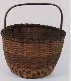 Superb 19th C Classic American Shaker Woven Gathering Basket In Mint Condition Circa 1840-1860