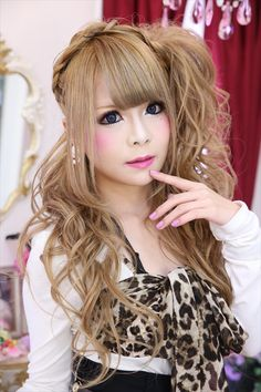 •○~ Gyaru fashion, ギャル♥ agejo style - makeup - false eyelashes - curly hair - circle lenses - leopard print - ribbon - cute - kawaii - Japanese street fashion✮ ~•○