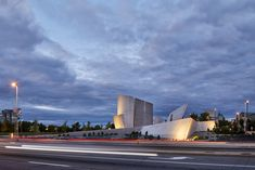 Image 11 of 27 from gallery of National Holocaust Monument / Studio Libeskind. Photograph by doublespace photography Museum Exhibition Design, Ohio, Daniel Libeskind, Memorial Museum, Brutalist, Facade, Studio, Monuments, Architects