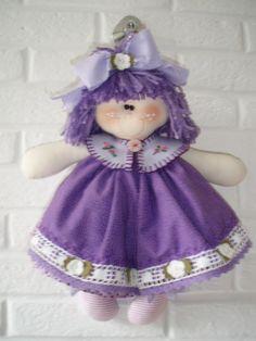 Boneca Liloca by Ellem Tutto a Mano, via Flickr Raggy Dolls, Sock Dolls, Felt Dolls, Doll Clothes Patterns, Doll Patterns, Cute Baby Dolls, How To Make Toys, Victorian Dolls, Sewing Toys