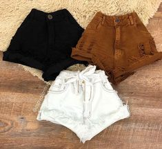 A imagem pode conter: shorts – Mode für Frauen Cute Casual Outfits, Summer Outfits, Mode Rock, Trendy Swimwear, Teenager Outfits, Cute Shorts, Aesthetic Clothes, Skinny, Fashion Outfits