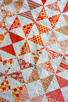 the sometimes crafter - hourglass lap quilt.