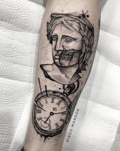 Small Chest Tattoos, Chest Piece Tattoos, Old Tattoos, Black Tattoos, Black Work Tattoo, Farmer Tattoo, Egypt Tattoo, Paar Tattoos, Tatuagem Old School