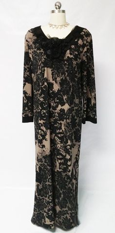 NEW GORGEOUS DIAMOND TEA BLACK LACE   ESPRESSO DRESSING GOWN CAFTAN ADORNED  WITH PLEATED FLOWERS 4bc84fff7