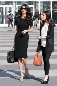 Amal Clooney Just Wore The Classic Dress Every Work Wardrobe Needs - - Amal Clooney's Black Midi Dress Deserves A Spot In Every Work Wardrobe (It's That Good) Source by drdchicago Amal Clooney, Black Dress Outfits, Classy Outfits, Work Outfits, Black Work Outfit, Work Fashion, Fashion Outfits, Fashion Trends, Classy Fashion