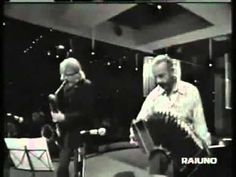 Love this art work: Astor Piazzolla & Gerry Mulligan - Years of Solitude - Italy 74 Music Love, Kinds Of Music, My Music, Tango, Gerry Mulligan, Saxophones, Cool Jazz, Music Express, Jazz Club