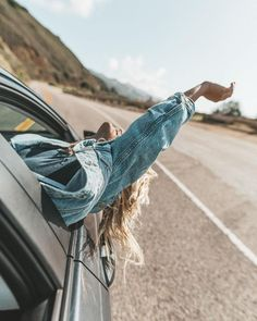 Freedom girl, cute pictures, road trip photography, portrait photography, f Road Trip Photography, Girl Photography, Pinterest Photography, Vsco Photography Inspiration, Aesthetic Photography Nature, Photography Training, Summer Photography, Photography Ideas, Ideas Fotos Tumblr