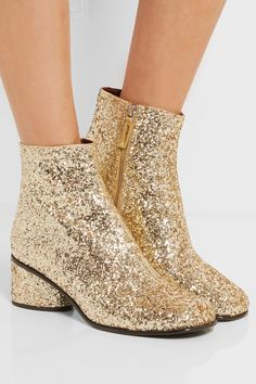 8872f0db349c2 71 Best SHOES images in 2017 | Ankle booties, Ankle Boots, Black booties
