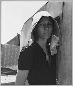 """""""Edison, Kern County, California. Young migratory mother, originally from Texas."""" 1940 Beautiful photo by Dorothea Lange"""