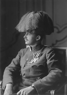 Portrait photograph of Emperor Karl I of Austria