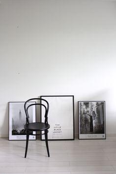 homevialaura | posters | Karl Lagerfeld - The little black jacket | Fotografiska | Helmut Newton | Elliott Erwitt | TON Chair 14