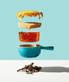 In Toronto, the photographer Michael Crichton and his colleague and stylist Leigh MacMillan imagined a visual project highlighting food, titled Conceptual Food. Michael Crichton, Still Life Photography, Light Photography, Product Photography, Shape Photography, Photography Tips, Deconstructed Food, Foto Still, Illustration Arte