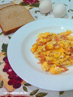 Te explicamos cómo preparar uno de los desayunos más habituales en México: huevos con jamón