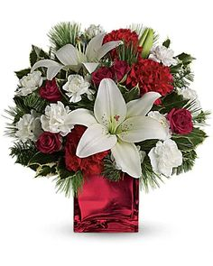 Christmas Flowers Delivery Louisa KY - Farmhouse Memories Christmas Flower Arrangements, Christmas Flowers, Christmas Gifts, Christmas Decorations, Carnations, Tulips, Flowers Today, Chrysanthemum, Flower Delivery