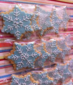 #frozen #mesadepostres #galletaspersonalizadas #yupi #linfranco #fiestasinfantiles#yupirecreacion www.yupirecreacion.com