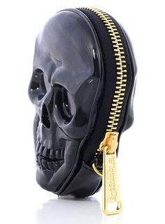 Shiny little coin purse, comes with a wrist strap. Dark Dimensions Skull Coin Purse by Loungefly
