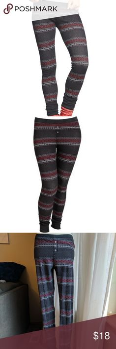 "Old Navy Tall - Thermal Waffle knit Fair Isle 👖 Tall size! 32"" inseam/length Thermal waffle knit Fair Isle leggings in charcoal/pink/white print. Faux fly, 3 decorative buttons, snug fit. Elasticized waistband, sits on waist,  rib knit leg openings.   Tag is removed, but I confirmed through my order history these are correct sizing. Super comfortable. Great shape, very gently loved. From smoke-free home ✌️ Old Navy Pants Leggings"