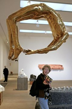 Louise Bourgeois, Arch of Hysteria in bronze