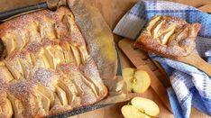 """""""Prăjitura cu mere pe bază de lapte"""" este o rețetă foarte simplă, care se prepară rapid, dar care se mănâncă și mai rapid. Acestă prăjitură va fi pe placul fiecărei gospodine, fiindcă se prepară din ingrediente accesibile, este foarte moale, fragedă și delicioasă, iar mirosul îmbietor își sucește mințile. Aroma savuroasă și gustul uimitor vă … Fruit Pie, Sweet Pie, Russian Recipes, Food Art, Banana Bread, Tart, French Toast, Deserts, Sweets"""