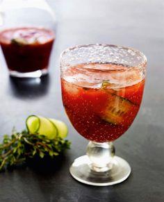 Brug friskpresset tomatjuice i din Bloody Mary, det gør den friskere og særdeles velegnet til sensommerens fester og lune aftener i godt selskab.