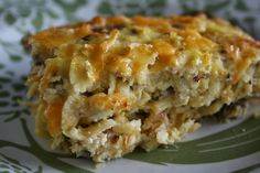 Low Carb Diner: Three Cheese Hashbrown Casserole - I think I will try with Daikon radish. It is a great sub for potatoes. Cheese Hashbrown Casserole, Hash Brown Casserole, Breakfast Casserole, Hashbrown Breakfast, Keto Casserole, No Carb Recipes, Diabetic Recipes, Cooking Recipes, Bariatric Recipes