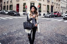 Ανακαλύψτε πως να φορέσετε, να συνδυάσετε και να επιλέξετε το κατάλληλο γούνινο γιλέκο για εντυπωσιακές ζεστές εμφανίσεις.