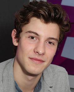 I love his hair Shawn Mendes Memes, Jake Paul, Grayson Dolan, Meme Lord, Cameron Dallas, Magcon, Perfect Man, Perfect People, Latest Pics