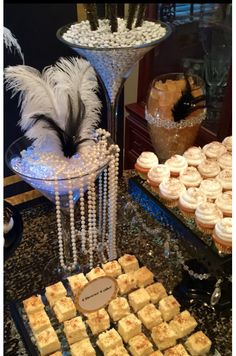 Great Gatsby Wedding Dessert/Candy Buffet Table by Bizzie Bee Creations - Fiesta casera Great Gatsby Themed Party, Great Gatsby Wedding, Great Gatsby Party Decorations, Food Table Decorations, 1920s Wedding, Wedding Ideas, Wedding Veils, Wedding Hair, Bridal Hair