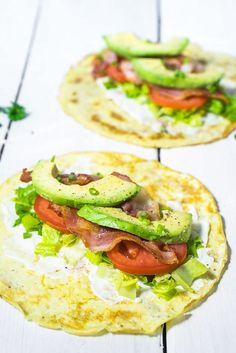 Save this low-carb breakfast recipes to make a healthy breakfast burrito with eggs, tomatoes, avocado + lettuce. Save this low-carb breakfast recipes to make a healthy breakfast burrito with eggs, tomatoes, avocado + lettuce. Delicious Breakfast Recipes, Paleo Breakfast, Breakfast Ideas, Avocado Breakfast, Breakfast Wraps, Low Carb Breakfast Easy, Dinner Recipes, Brunch Recipes, Healthy Breakfast Recipes For Weight Loss