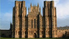 25 Overwhelming Examples Of Gothic Architecture