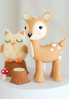 Kawaii cake woodland cake - My list of the most beautiful animals Baby Cakes, Baby Shower Cakes, Fondant Cake Toppers, Fondant Figures, Fondant Cupcakes, Cupcake Toppers, Creative Cake Decorating, Creative Cakes, Deer Cakes