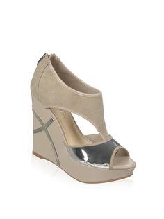 Fergie Women's Felicity Platform Wedge with Metallic Detail, http://www.myhabit.com/redirect/ref=qd_sw_dp_pi_li?url=http%3A%2F%2Fwww.myhabit.com%2Fdp%2FB00JO3FSEM