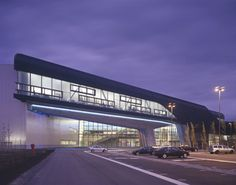 Architecture-Page   BMW Central Building, Plant Leipzig by Zaha Hadid Architects - view 3