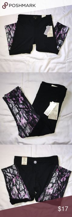 🆕 Balance Collection yoga capri leggings Sanded dry wik. Soft, comfy outer feel fabric. Breathable mesh. NWT. Price is FIRM, anything less will be declined. Balance Collection Pants Leggings