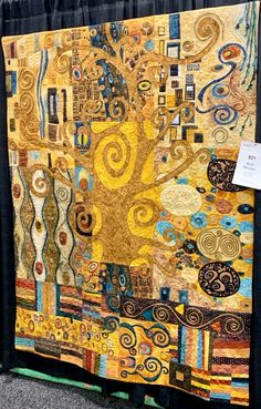 Over 17 Techniques in One Quilt - Klimt Nouveau by the Wild FEW - Best Daddies Klimt Art, Free Motion Embroidery, Embroidery Ideas, Embroidery Stitches, Hand Embroidery, Applique Quilts, Fabric Art, Textile Art, Quilt Patterns