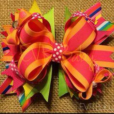 5 stacked Boutique Rainbow Bow por EVRbaby en Etsy, $11,00