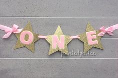 Pink and Gold ONE Banner - High Chair Banner - Twinkle Twinkle Little Star Baby Girl 1st Birthday, First Birthday Parties, Birthday Ideas, Twins 1st Birthdays, Star Party, Gold Party, Twinkle Twinkle Little Star, Pink And Gold, Banners