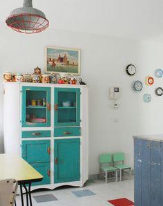 clocks http://colorfulhomes.tumblr.com/post/36300576180/via-desire-to-inspire-desiretoinspire-net