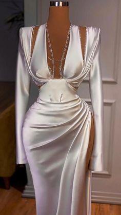 Glam Dresses, Event Dresses, Pageant Dresses, Long Dress Fashion, Fashion Outfits, Dress Long, Fancy Dress, Stunning Dresses, Pretty Dresses