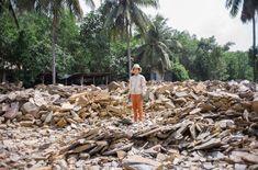 Μεγάλος αριθμός νεαρών ανθρώπων εκτελεί επικίνδυνες εργασίες στον ανεπίσημο τομέα χωρίς καμία εκπαίδευση ή εποπτεία.© Maxime Fossat / ILO
