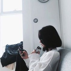 Read Hwamin Son from the story Ulzzang by (Hàn Băng Di) with 356 reads. Pelo Ulzzang, Korean Ulzzang, Cute Korean, Korean Girl, Asian Girl, Black Hair Aesthetic, Aesthetic Girl, Aesthetic Hoodie, White Aesthetic