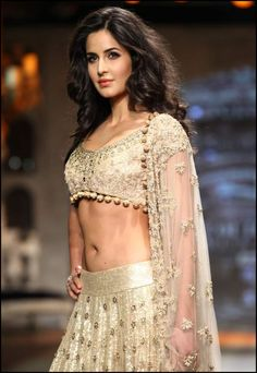 Exclusive Bollywood Actresses Hot HD Wallpapers, Heroine Photos, Girls Pictures, Indian Models Images, Bikini Babes & Beautiful Indian Celebrities from latest Photoshoots. Katrina Kaif Navel, Katrina Kaif Hot Pics, Katrina Kaif Images, Most Beautiful Bollywood Actress, Bollywood Actress Hot, Bollywood Girls, Bollywood Fashion, Bollywood Bikini, Hot Actresses