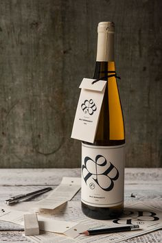 Bernadett Baji's wine label CV / 2015 on Behance