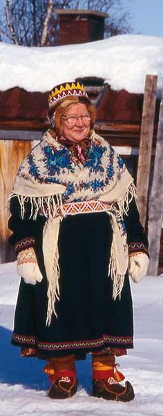 skolt saami women's long overcoat
