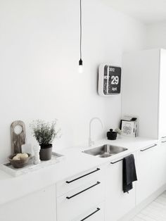 Only Deco Love: Kitchen Renovation Ideas on White/Wood/Marble