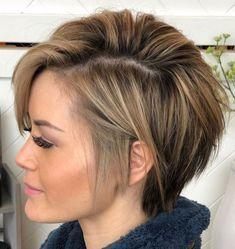 Thin Hair Cuts, Haircuts For Thin Fine Hair, Short Thin Hair, Short Hair With Layers, Short Hairstyles For Women, Short Hair Styles, Medium Hairstyles, Celebrity Hairstyles, Bobs For Thin Hair